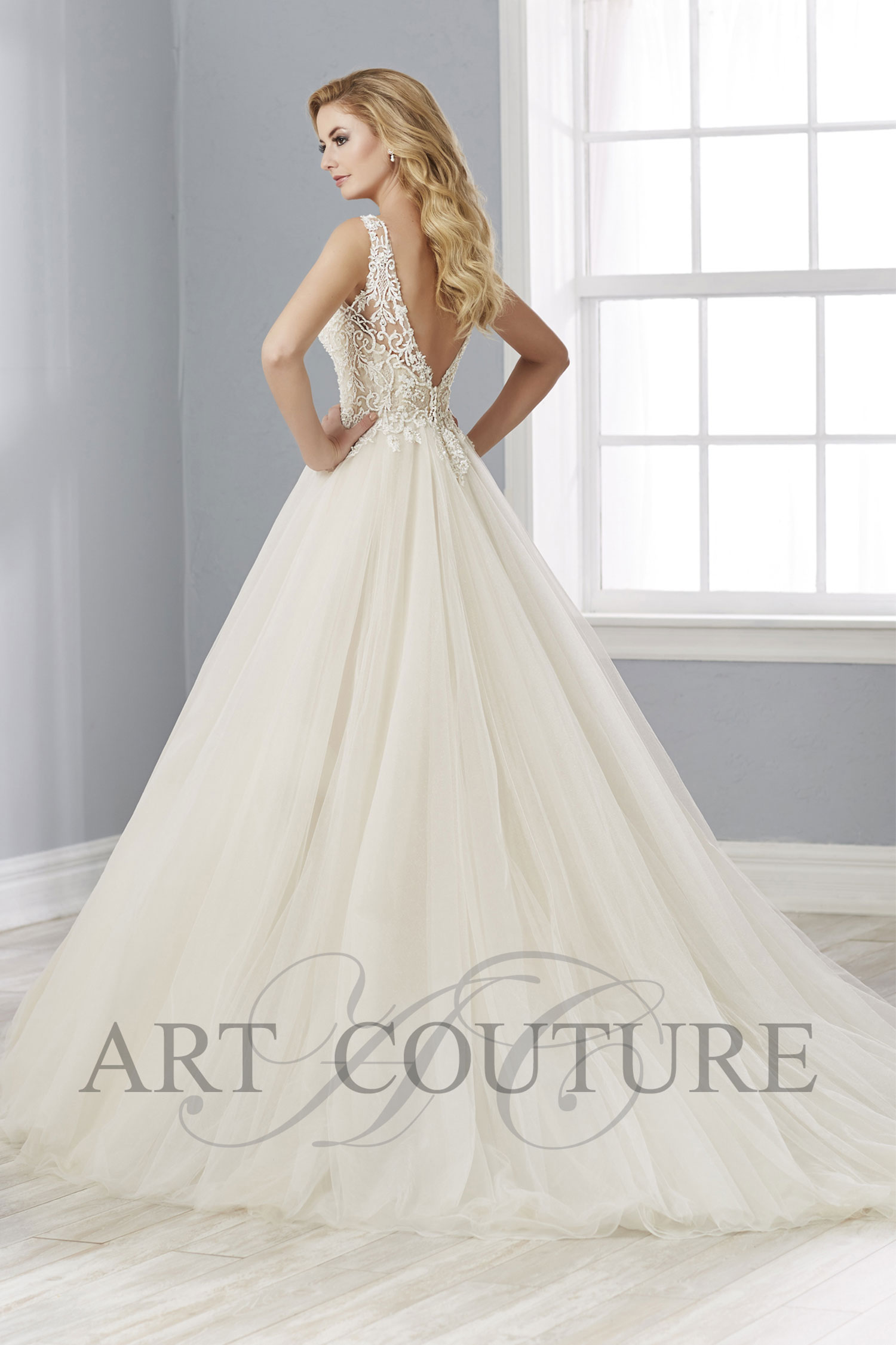 Art Couture AC646