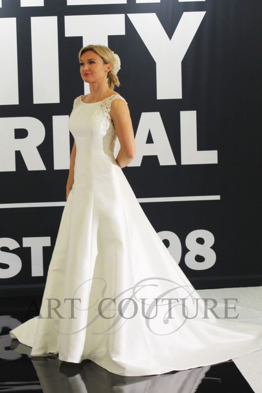 Art Couture AC704