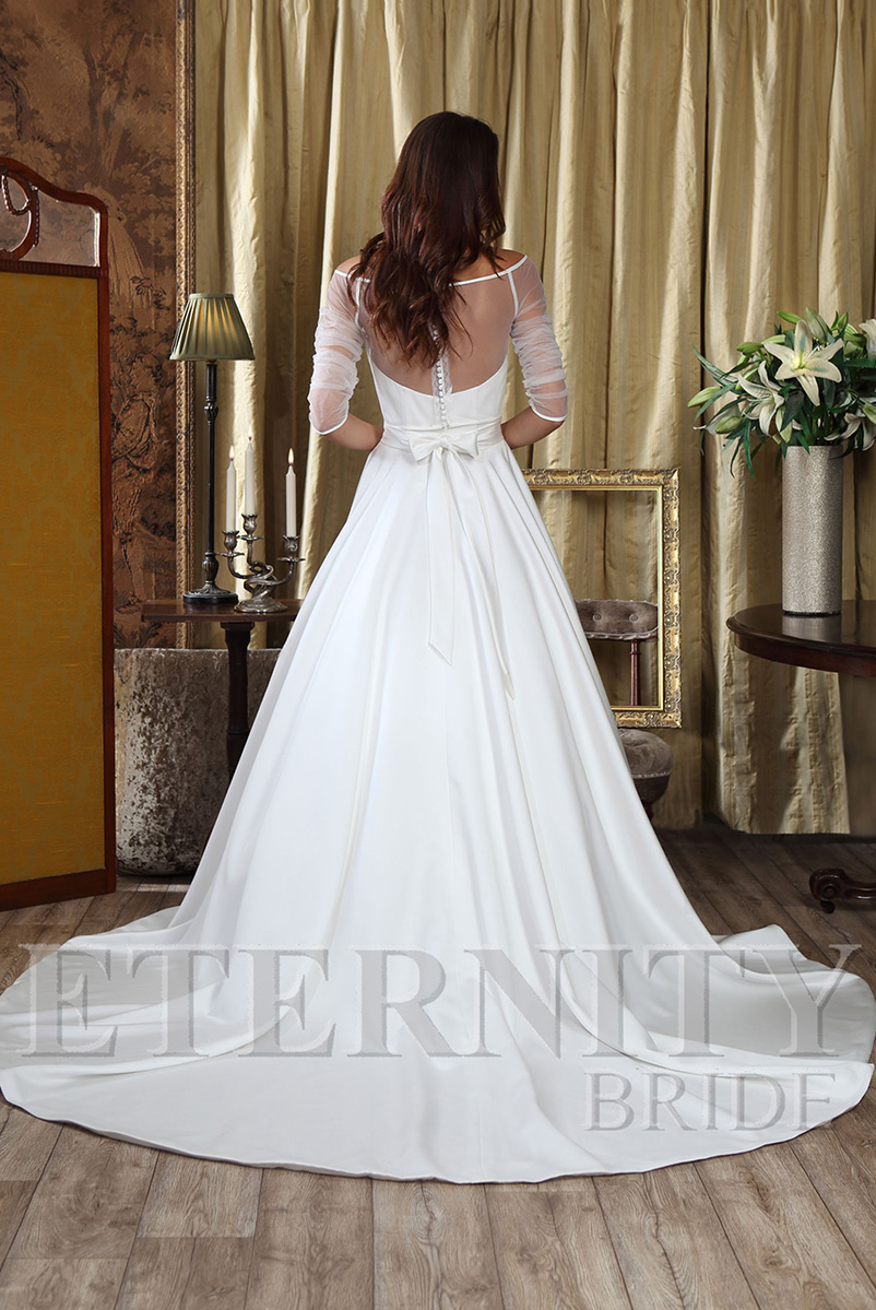 A line strapless satin wedding dress