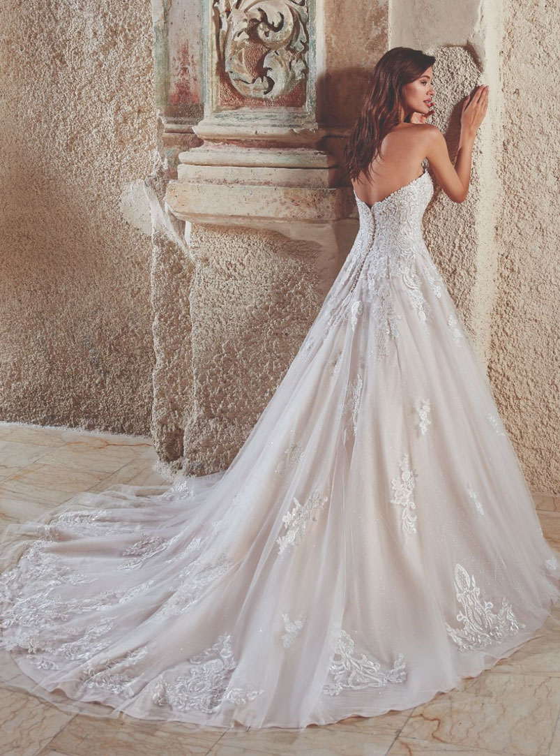 lace ball gown wedding dress strapless