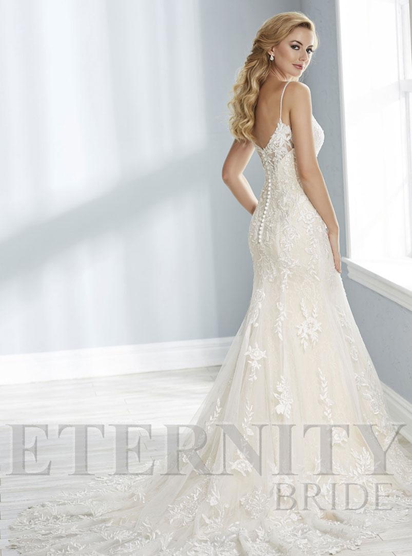 tulle mermaid wedding dress