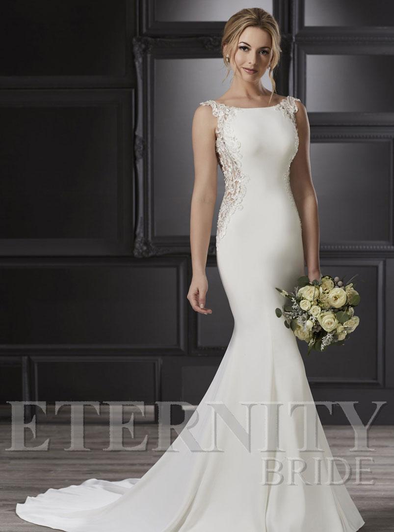 white mermaid wedding dress